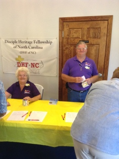 Dianne and Ray Randal managing Registration